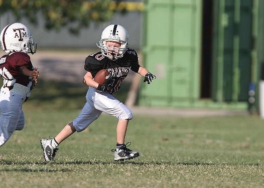 https://centdegres.ca/wp-content/uploads/2017/07/enfants-football1.jpg
