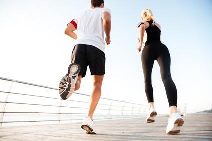 Les hommes sont plus puissants et plus rapides au début de l'exercice mais s'épuisent ensuite beaucoup plus vite!