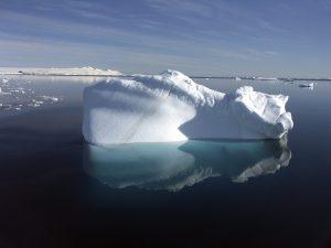 http://www.macifcourseaularge.com/wp-content/uploads/2017/10/iceberg-copyright-istock-300x225.jpg