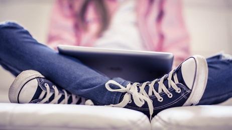 Les jeunes s'engagent plus tardivement dans des activités et des comportements d'adulte