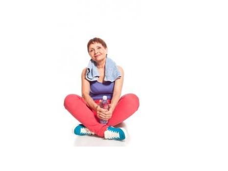 Pratiquer à la fois le yoga et l'exercice aérobique entraîne une double réduction de la pression artérielle, de l'indice de masse corporelle (IMC) et des niveaux de cholestérol