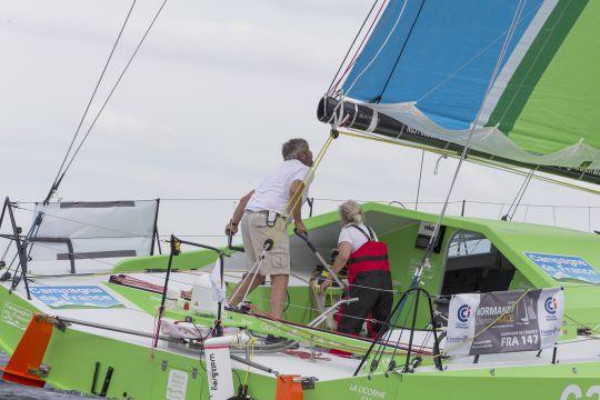 https://www.bateaux.com/src/applications/news/imaloader/images/bateaux/2017-11/17-favoris-TJV/tjv17-cdf-976.JPG
