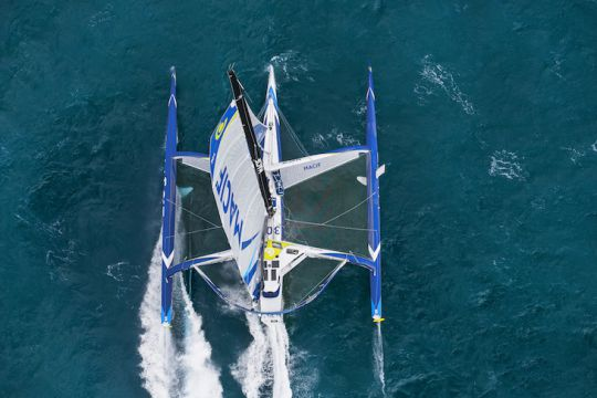 https://www.bateaux.com/src/applications/news/imaloader/images/bateaux/2017-11/41-macif-record-bonne-esperance/macif-1.jpg