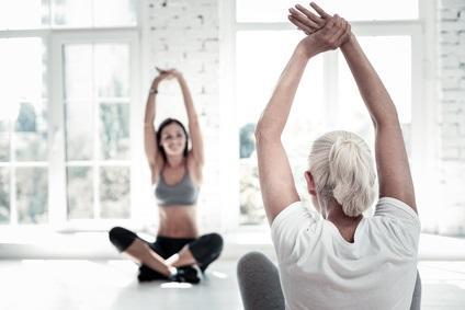 La sarcopénie caractérisée par la perte de fibres musculaires touche environ 10 à 20% des personnes de plus de 65 ans.