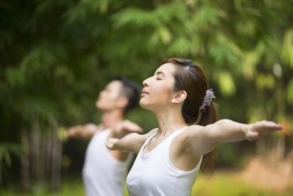 Cette thérapie « corps-esprit » permet, en quelques mois de pratique seulement, de réduire les symptômes de douleur de la maladie