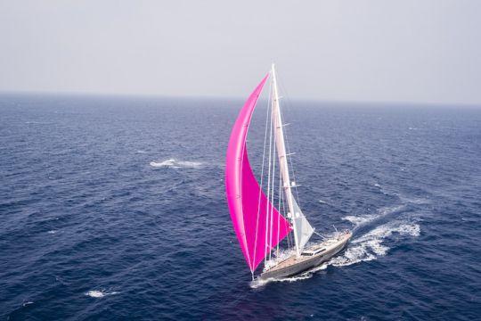 https://www.bateaux.com/src/applications/news/imaloader/images/bateaux/2018-05/48-world-superyachts-awards-2018/pink-gin-copyright-ralf-halbhuber.jpg