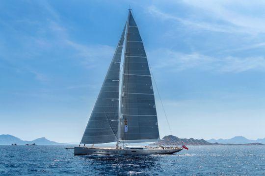 https://www.bateaux.com/src/applications/news/imaloader/images/bateaux/2018-05/50-pink-gin/_DSC2191_Final_skiss.jpg