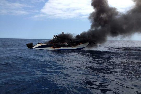 https://www.bateaux.com/src/applications/news/imaloader/images/bateaux/2016-07/17-mayday/message-detresse-1.jpg