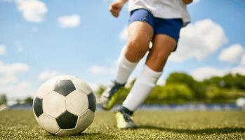 Jeunes footballeurs: prévenir les arrêts cardiaques