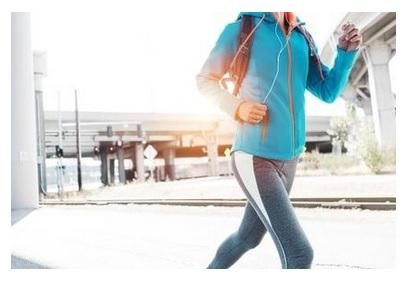 La marche régulière et les autres activités physiques du quotidien ont pour effet d'améliorer la mémoire et d'autres fonctions cognitives, en entrainant notamment des modifications du cortex préfrontal.