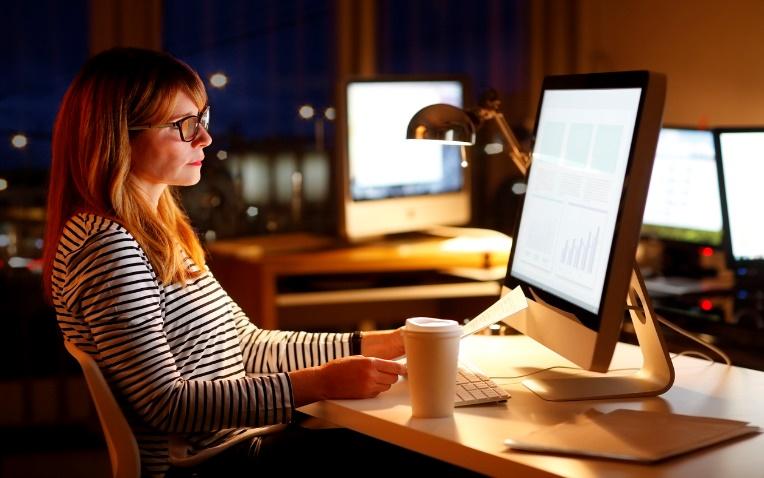 Trop travailler peut augmenter le risque de maladies cardiovasculaires