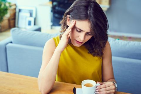 3 boissons ou plus contenant de la caféine pourraient en effet constituer un déclencheur de migraine le jour-même ou le jour suivant.