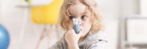 Le tabagisme paternel induit l'asthme chez les enfants via des modifications apportées aux gènes immunitaires