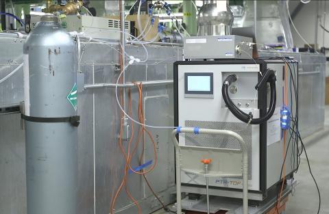 Ce système permet de détecter les composés présents dans le souffle humain en temps réel.