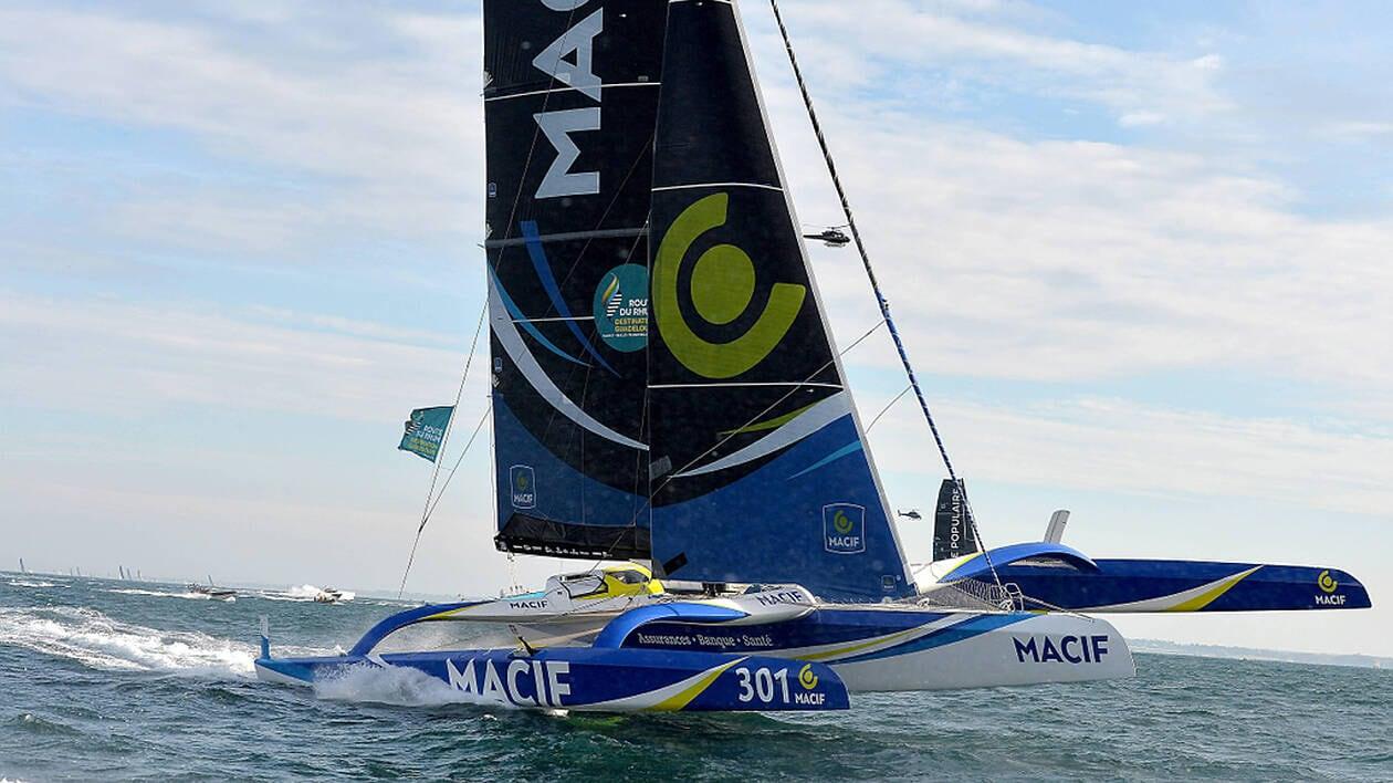 11e édition de la Route du Rhum 2018 . Le départ a été donné à 14h au large de Saint-Malo Macif de François Gabart en Ultime