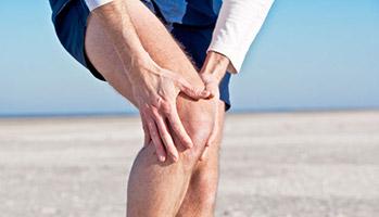 Arthrose du genou: la thérapie cognitivo-comportementale ne fait pas mieux que les AINS à 3 mois