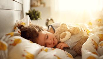 Les enfants davantage imprégnés par les polluants toxiques