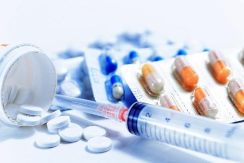 Un risque accru de diabète, d'hypertension artérielle et de caillots sanguins avec la prise à niveau élevé de stéroïdes chez l'Enfant (Visuel AdobeStock_72928513)