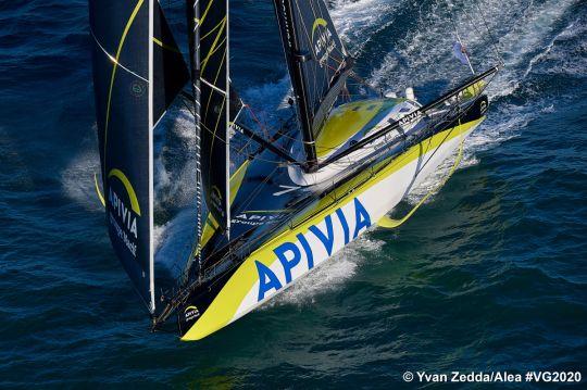 Apivia, un foiler de dernière génération skippé par Charlie Dalin
