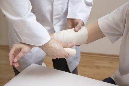 Ce nouveau pansement intelligent promet aux soignant de pouvoir suivre la réponse immunitaire et l'évolution de la cicatrisation (Visuel Fotolia 185768706)