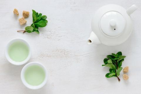 On ne compte plus les bénéfices du thé, en particulier du thé vert pour la santé (Visuel Fotolia)