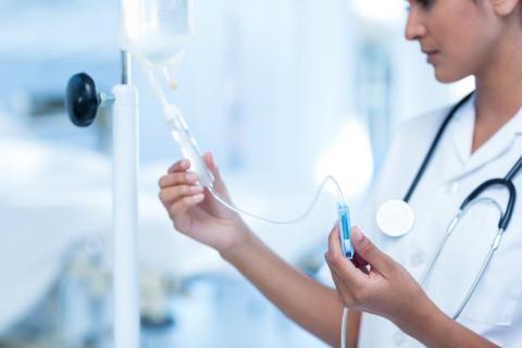 Confirmation de l'intérêt de la chronothérapie dans le traitement des cancers, la croissance incontrôlée des cellules cancéreuses étant souvent associées à des oncogènes qui perturbent le cycle circadien (Visuel Fotolia)