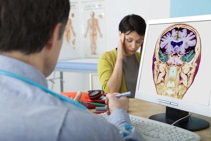 4 facteurs de coagulation peuvent contribuer à la sensibilité des patients aux migraines avec aura (Visuel Fotolia 158943797)