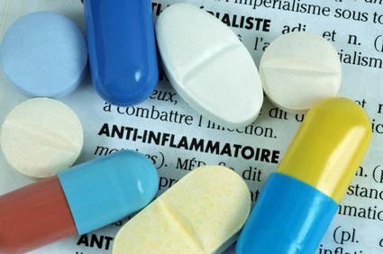L'Ibuprofène et les autres anti-inflammatoires non stéroïdiens (AINS) s'avèrent supérieurs à la codéine pour la prise en charge de la douleur postopératoire en ambulatoire (Visuel Fotolia 163542318)