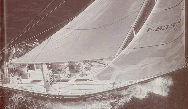 Une image contenant embarcation, moustiquaire, bateau  Description générée automatiquement