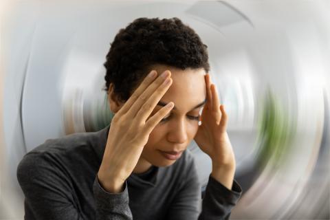 Bientôt un dispositif cérébral permettra de soulager la douleur mais aussi d'autres troubles cérébraux, tels que l'anxiété, la dépression ou encore les attaques de panique (Viosuel Adobe Stock 428467573).