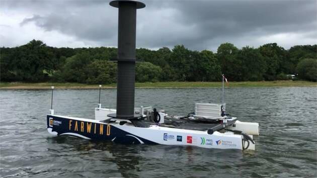 Une image contenant eau, extérieur, bateau  Description générée automatiquement