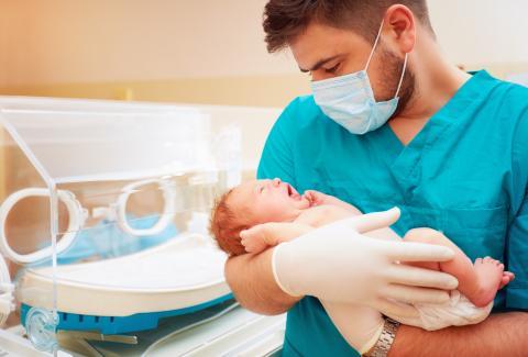 Des symptômes de dépression sont identifiés chez 17% des pères de bébés prématurés (Visuel Adobe Stock 109513313)